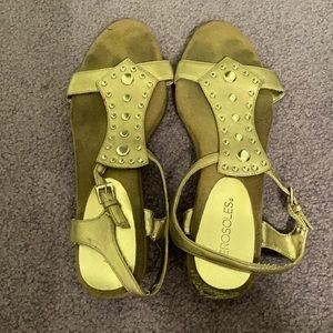 Aerosoles Gold Sandals
